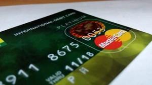 international-debit-card-388996__180